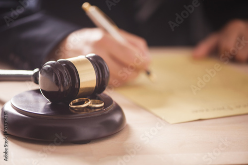 Fotografia, Obraz  Judge with gavel on table