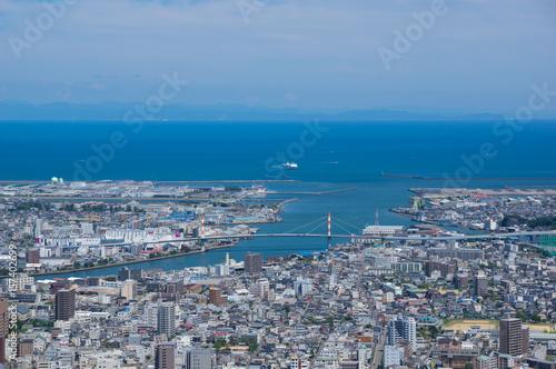 Obraz na plátně 徳島県徳島市街並み 眉山公園から撮影 遠方に紀伊半島