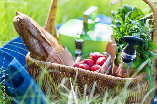 Recess Fitting Picnic Summer basket for picnic with wine, bread, fruits and snacks