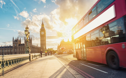 Foto op Canvas Londen rode bus Westminster Bridge at sunset with Bus, London, UK