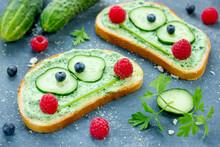 Frog Sandwiches