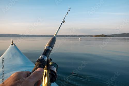 Fotografie, Obraz  Pesca a spinning dalla canoa sul lago di Bolsena