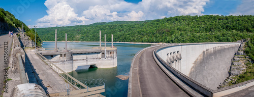 Photo sur Toile Barrage Barrage de retenue du lac de Vouglans