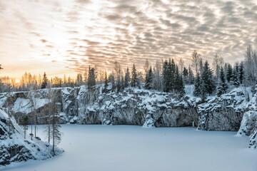 Ruskeala Marmurowy kamieniołom, Karelia, Rosja