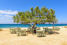 Romantic Greek Tavern On The P...