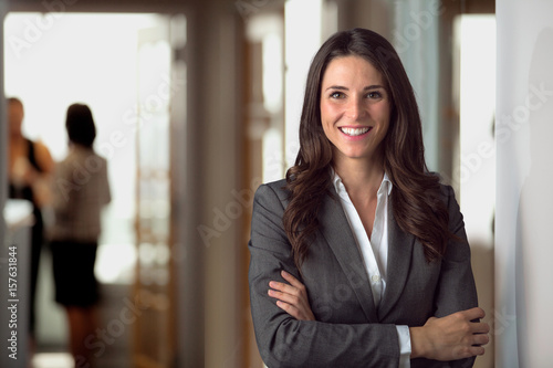 Photo  Happy smiling ceo manager at office space, possibly real estate, lawyer, non-pro
