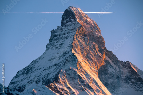 Fototapeta picturesque mountain Matterhorn at sunset, Switzerland obraz