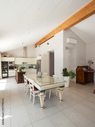 Interiors Of Modern Apartment Dining Room Kaufen Sie Dieses Foto Gorgeous Apartment Dining Room