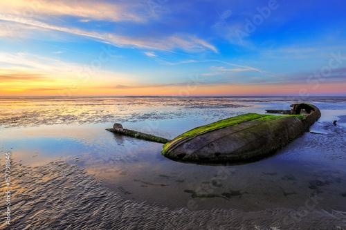 Photo Stands Shipwreck Shipwreck near Schillig