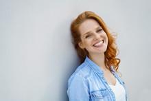 Glücklich Lachende Frau