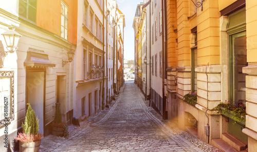 Canvastavla Narrow street in Gamla Stan, Stockholm, Sweden