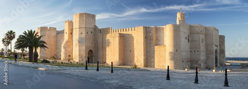 Papiers peints Fortification city view to old fort in sun lights in Tunisia