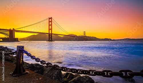 most-golden-gate-san-francisco-california-o-zachodzie-slonca