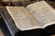 Historische Bibel