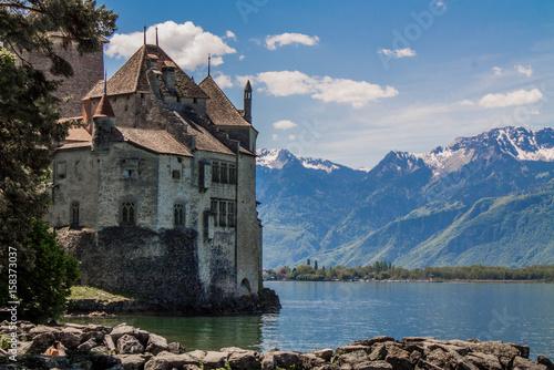 Carta da parati castillo en el lago