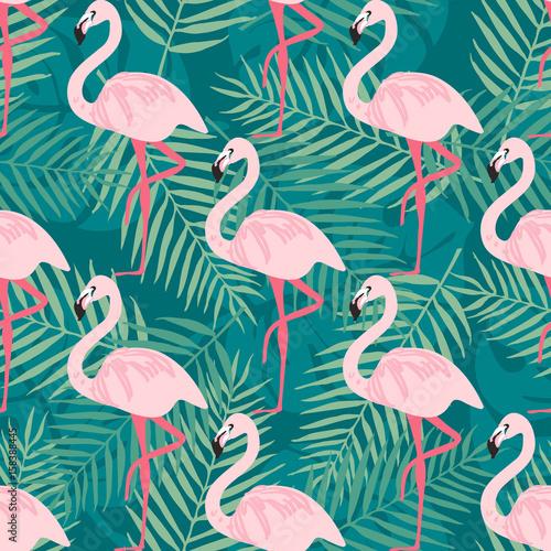 tropikalny-trrendy-bezszwowy-wzor-z-rozowym-flamingiem-tropikalni-liscie-tlo-plaza-rajski-wzor-tropikalny-pta