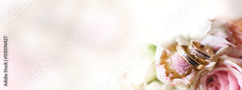 Fotografie, Obraz Background with wedding rings in light tone