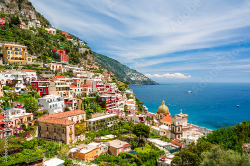 Photo view on town Positano on Amalfi coast, Campania, Italy
