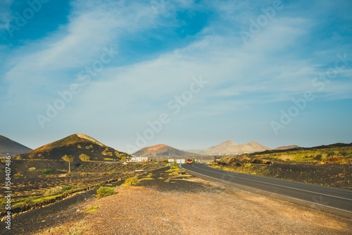 Deurstickers Canarische Eilanden Volcanic landscape of Lanzarote, Canary Islands, Spain