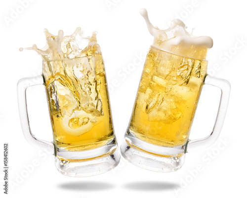 Foto auf AluDibond Bier / Apfelwein Cheers cold beer with splashing out of glasses on white background.