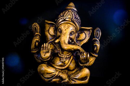 Ganesh Aura on Black Background фототапет