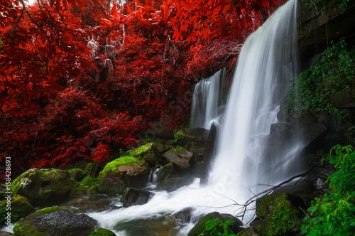 Staande foto Rood paars Romklao Paradon Waterfall.
