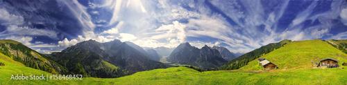 Fotografiet  360° Karwendel Panorama mit Föhnwolken