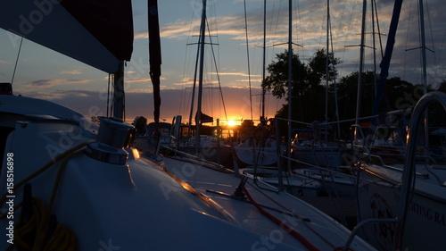 Fototapeta Sunset at the port obraz