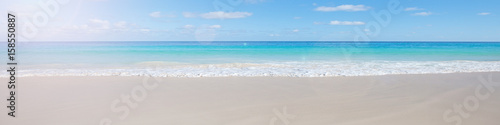 Cadres-photo bureau Bleu ciel Beach background