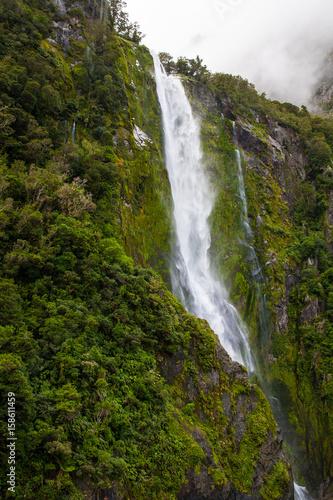 Foto op Aluminium Oceanië Majestic Stirling Falls at Milford Sound, Fiordland national park, South Island, New Zealand