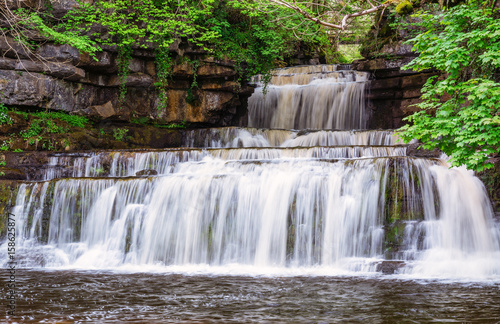 Foto op Plexiglas Noord Europa Cotter Force Waterfall / Cotter Force is a small waterfall on Cotterdale Beck, a minor tributary of the River Ure, near the mouth of Cotterdale, a side dale in Wensleydale, North Yorkshire