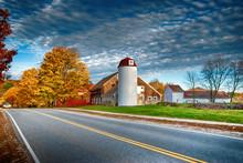 Traditional New England ( Carlisle, MA. ) Red Barn