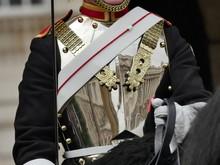 Garde Royale à Cheval, Détails, épée, Cuirasse, Gant Blanc Et Rênes, Londres