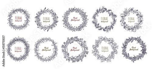 Photo  floral round wreaths set. hand drawn frames, vector collection.