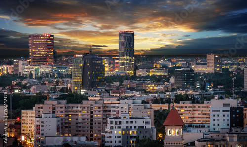 Photo  Aerial view of the business district in Bucharest, Romania at sunset