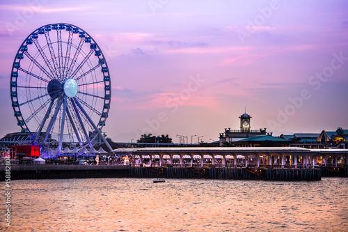 Photo  Hong Kong cityscape at sunset