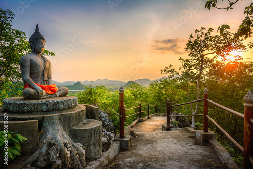 Poster Boeddha The beauty of Asian culture. Mountaintop Buddha statues.