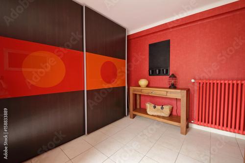 hall d\'entrée intérieur maison - Buy this stock photo and ...