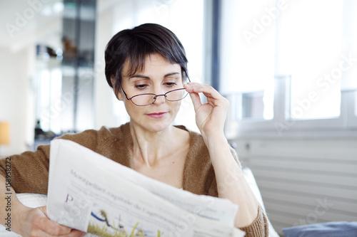 Fotografía  Woman reading