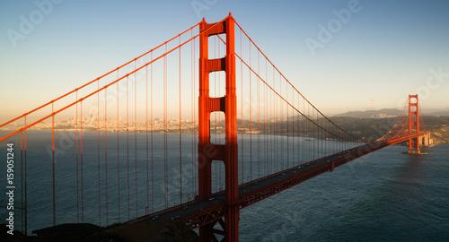 Papiers peints Rouge, noir, blanc Panoramic Golden Gate Bridge San Francisco Marin County Headlands