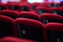 Poltrone Da Teatro Rosse