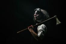 Portrait D'un Clown Sadique, U...