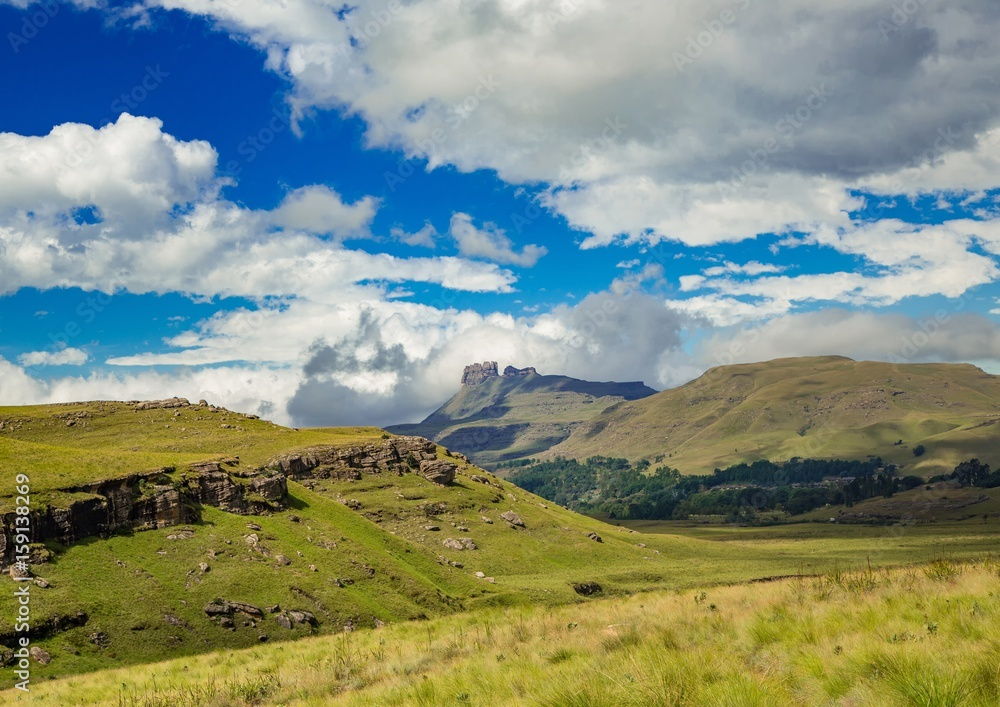 Fototapeta Landscape of the Drakensberge at the Mkhomazi Wilderness area - obraz na płótnie
