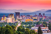 Asheville, North Carolina, USA Skyline.