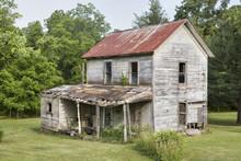 Last Days - Neglected Ohio Farmhouse