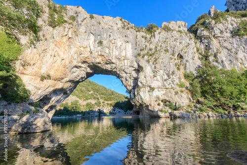Foto auf Gartenposter Fluss Pont D'Arc, rock arch over the Ardeche River, France