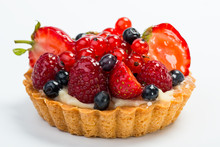Fresh Fruit Tart With Berries ...