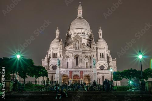 Photo  Basilica of Sacre Coeur at night, Paris, France.