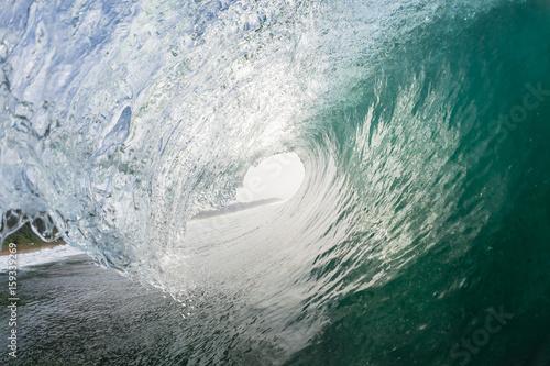 Foto auf Gartenposter Wasser Wave Inside Hollow Swimming Ocean