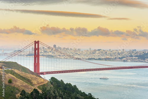 Staande foto Bruggen USA, California, San Francisco, Golden Gate Bridge
